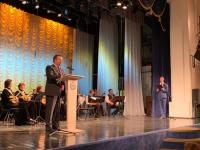 Губернатор Новгородской области поздравил медиков с профессиональным праздником
